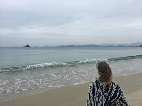 Spacer po pustej plaży (fot. Domi)