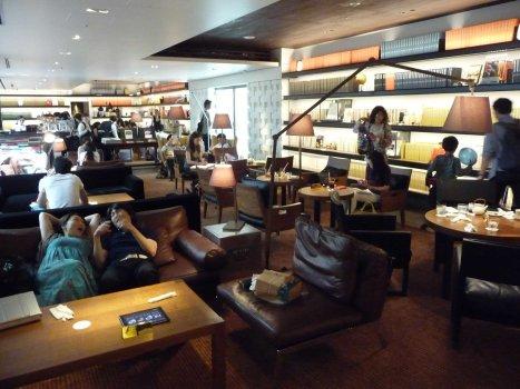 tsutaya-bookstore-09
