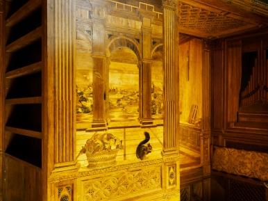 Biuro Księcia Montefeltro z intarsjowaną boazerią